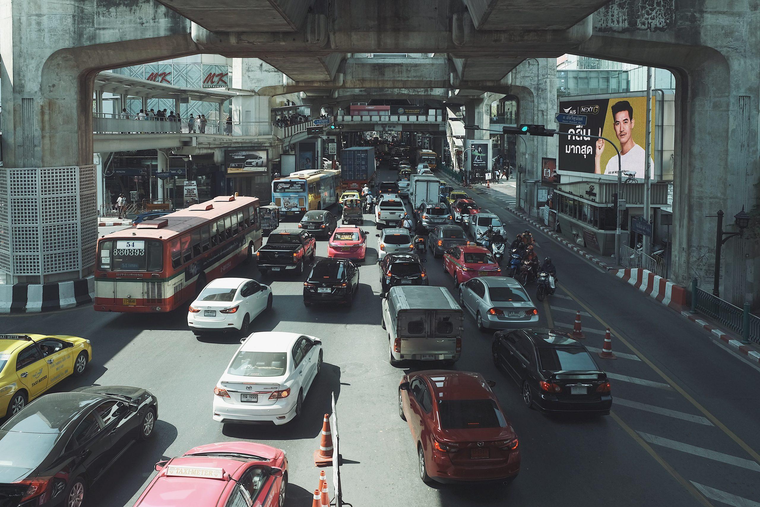 รถติดในเมือง , ฝุ่นและควันพิษ , เครื่องฟอกอากาศในรถยนต์ , รถติด ฝุ่นควัน